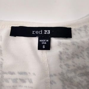 Red 23 Tops - Red 23   Black And White Long Sleeve Shirt